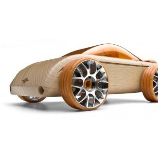 C9-S berlina, jucarie din lemn